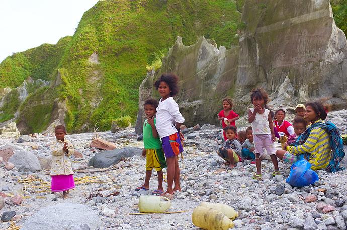 mc-20131123-083858-Pinatubo-0166-radioactive